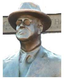 head of statue of FDR